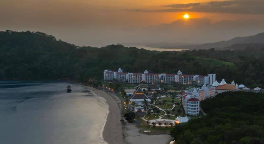 playa bonita panama hotel