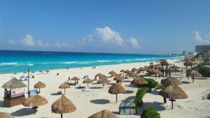 playas en cancun latam